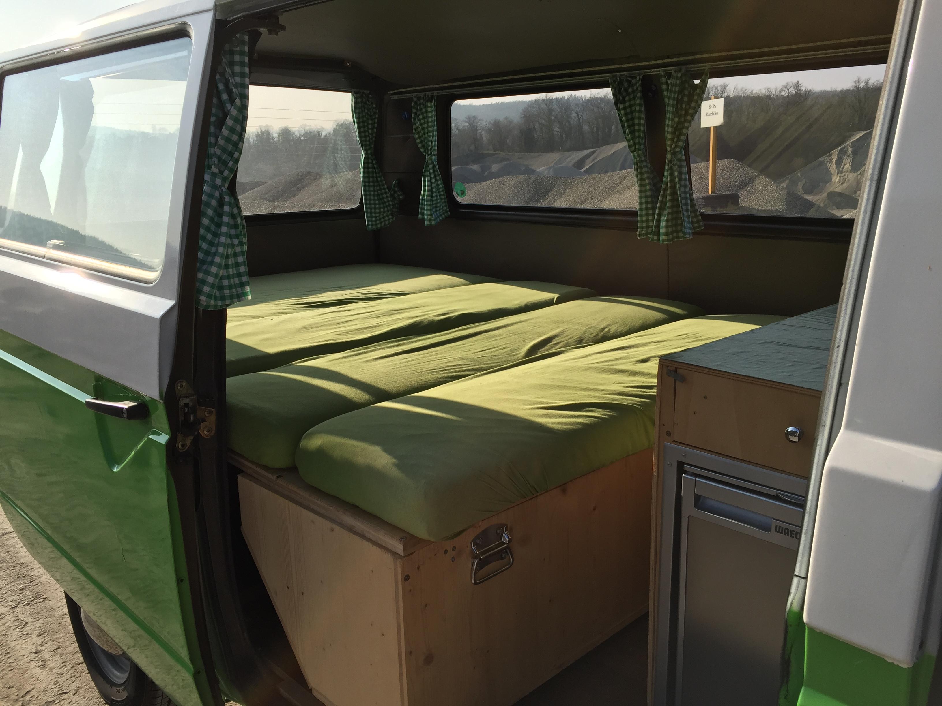Das Bett im grünen Bus
