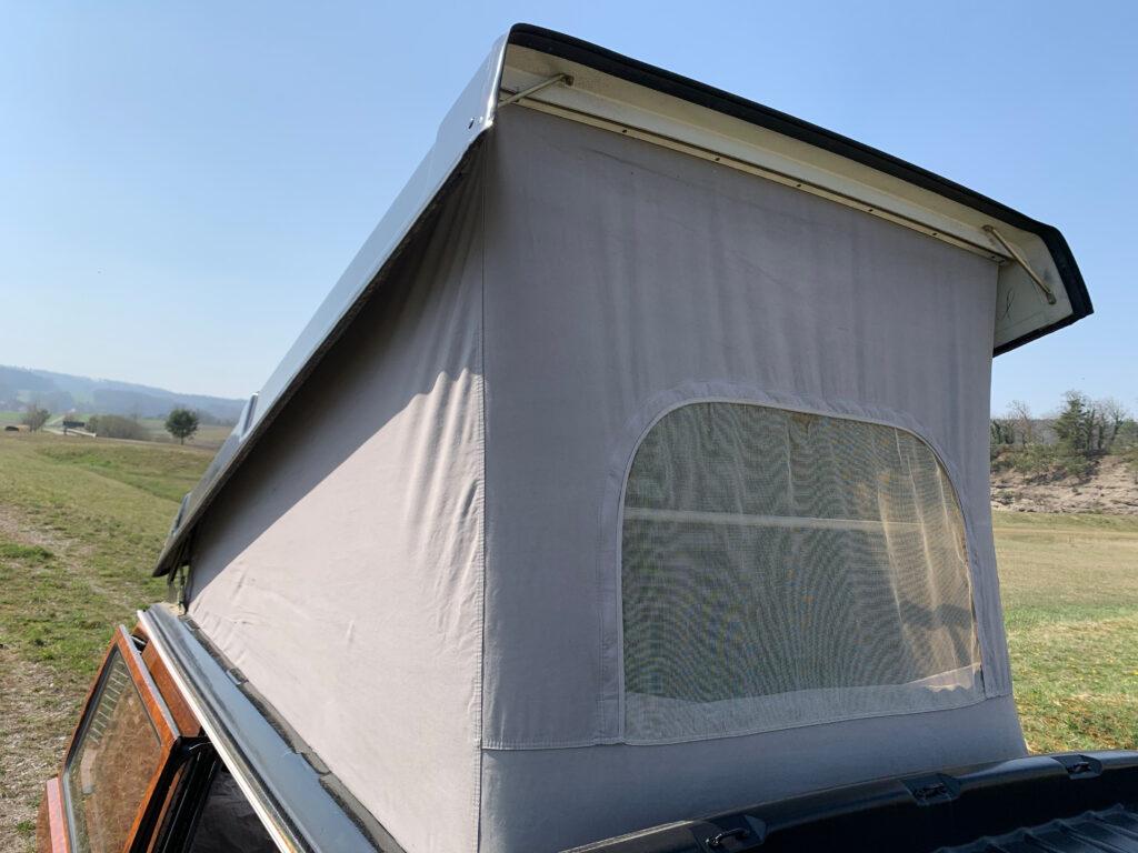Das offene Westfalia Typ 1 Klappdach im T3 Camper